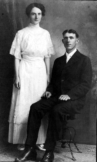 Cora Joy and Lorenzo (Ren) Martin on their wedding day February 27, 1915.