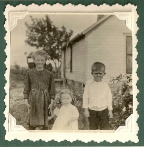 Bernice, Lorene and James ca. 1918 or 1919