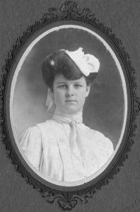 Formal portrait of Bessie Vining Bolte