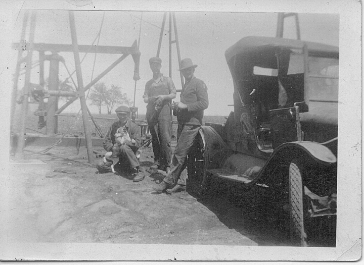 Sam McGhee and Sons at Oil Well