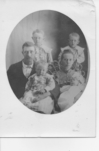 Sam & Matilda 1903, with their children Clarence 7; Jesse 5;  Roy 2;  Bertha baby.