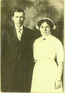 George Vining and Pearl Byers wedding photo 1916