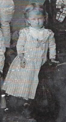 mystery child - maybe Lillian Belle Vinin