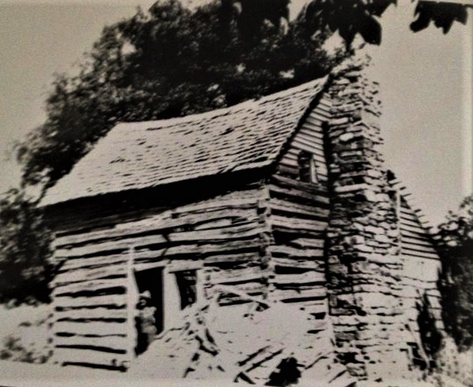 Reuben Tower's home place cabin on Gaither Mountain at Harrison AR. (2)