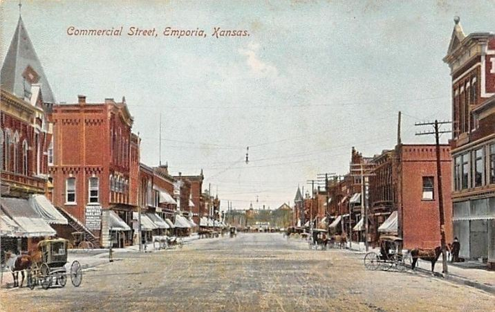 Emporia's Commercial Street in 1906.